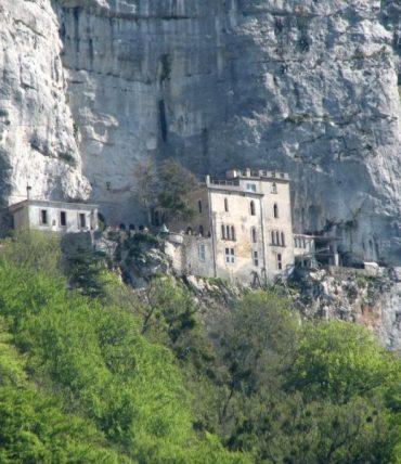 Sanctuaires et monastères de Provence